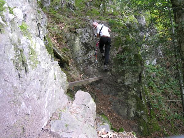 Klettersteig Basel : Klettersteige u vertikal wandern alps magazine