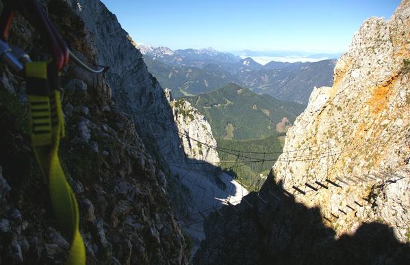 Klettersteig Lärchenturm : Klettersteig koschutnikturm m karawanken sele zell