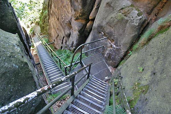 Klettersteig Sächsische Schweiz : Klettersteig.de klettersteig beschreibung heilige stiege