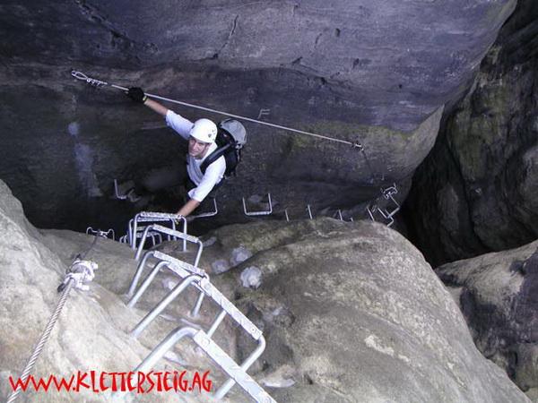 Klettersteig Sächsische Schweiz : Klettersteig.de klettersteig beschreibung häntzschelstiege
