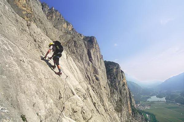 Klettersteig Via Ferrata : Klettersteig beschreibung via ferrata ernesto