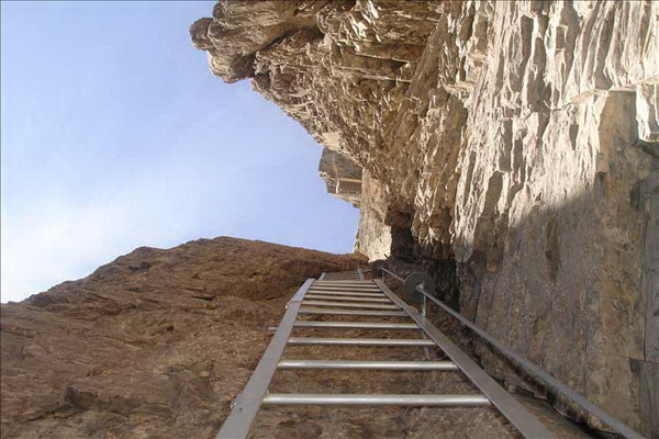 Klettersteig Leukerbad : Daubenhorn klettersteig leukerbad youtube